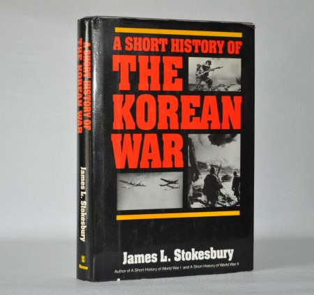 James L. Stokeesbury: A Short History of the Korean War.