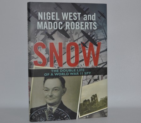 Nigel West and Madoc Roberts: Snow. T